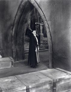 Though he achieved a great deal of fame for playing Count Dracula both on stage and on the screen, actor Bela Lugosi suffered a lifetime of being typecast as a horror villain or mad scientist - a. Classic Monster Movies, Turner Classic Movies, Classic Horror Movies, Classic Monsters, Horror Show, Horror Films, Horror Art, Horror Icons, Dracula Film