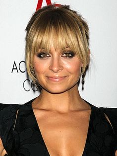 Nicole Richie: I Don't Own Any Makeup | People.com