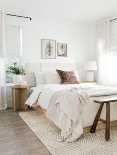 Small Room Bedroom, Room Ideas Bedroom, Home Decor Bedroom, Modern Bedroom, Small Rooms, Adult Bedroom Ideas, Bed Room, Bedroom Furniture, Neutral Bedroom Decor