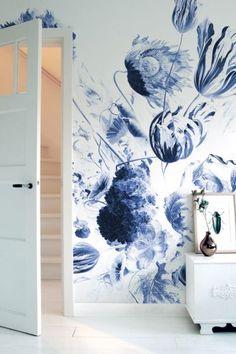 Fotobehang Royal Blue Flowers, KEK Amsterdam, oude meesters, Rijksmuseum, bloemen, behang, vliesbehang, fotobehang bloemen, behang bloemen, delftsblauw, delfts blue, delft blue, wallpaper