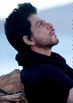 SRK in Jab Tak Hai Jaan this movies was awesome!!!