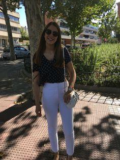 Brandy Melville's tshirt, Zara handbag and trousers. Again, Massimo Dutti's sunglasses.
