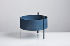 WOUD | 400 mm Pidestall flowerpot, blue