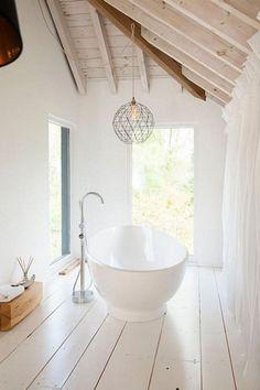 12 white bathrooms to inspire  #bathroom