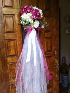 Bridal shower door decoration
