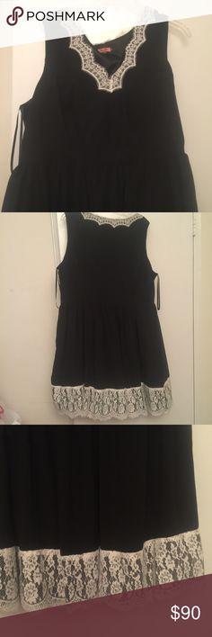 b79d7dcad8d Beautiful lace accented dress negotiable Worn once ModCloth Dresses Midi  Divas