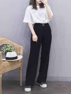 Korean Fashion Minimal, Korean Fashion Trends, Korean Street Fashion, Korea Fashion, Asian Fashion, Fashion Line, Girl Fashion, Fashion Outfits, Fashion Hats