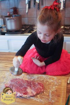 Step-by-step photo recipe tutorial to making stuffed flank steak pinwheels, flank steak recipe, how to stuff flank steak, flank steak pinwheels, beef recipes, kids cooking, kids in the kitchen, low carb cooking