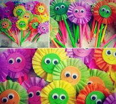 ilk gün uyum haftası etkinlikleri ve hediyeri ilk gün uyum haftası etkinlikleri ve hediyeri Photo Flower Mother's Day Craft Diy And Crafts, Crafts For Kids, Arts And Crafts, Paper Crafts, Creative Activities, Art Activities, White Coffin Nails, Mad Hatter Party, Paper Owls