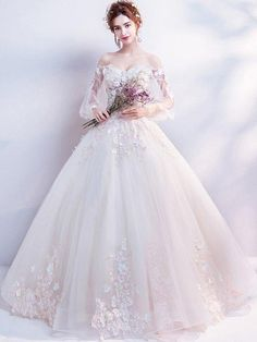 LPTUTTI Appliques Beading New Sexy Plus Size Princess Bridal Marriage Gown Boho Bride Simple Party Long Luxury Wedding Dresses. Luxury Wedding Dress, Bridal Wedding Dresses, White Wedding Dresses, Prom Dresses, Long Dresses, Wedding Dress For Short Women, Wedding Dresses With Flowers, Ivory Wedding, Dresses Dresses