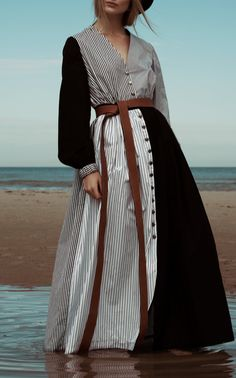 Button-Down Cotton V-Neck Dress by Tuinch Iranian Women Fashion, Black Women Fashion, Muslim Fashion, Modest Fashion, Hijab Fashion, Diy Fashion, Autumn Fashion, Fashion Dresses, Womens Fashion