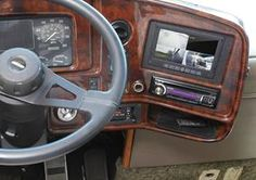 Craig W rocked his 1999 Fleetwood Discovery with A/V gear from Crutchfield! #Accele  #srslyDIY
