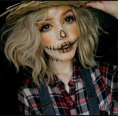 Ridiculously Pretty Makeup Looks To Try This Halloween 36