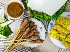 Da Nang streets are loaded with good eating. #travel #vietnam #streetfood