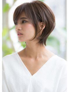 大人上品ショート30代40代切りっぱなしボブマッシュウルフ - 24時間いつでもWEB予約OK!ヘアスタイル10万点以上掲載!お気に入りの髪型、人気のヘアスタイルを探すならKirei Style[キレイスタイル]で。