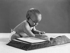 ¿Qué es un pentavocálico? Te lo enseñamos: http://www.muyinteresante.es/historia/preguntas-respuestas/que-es-un-pentavocalico-431381211521