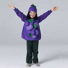 Homemade Halloween costume ideas for kids: Bunch of grapes! This is another great costume for a cold Halloween night.