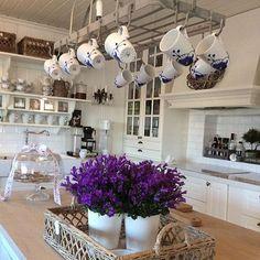 Küchen Ideen, Dekorieren, Alte Möbel, Wohnen, Luxus Küche Design, Küchen  Design, Luxusküchen, Ideen Für Die Küche, Französische Landhausküchen,  Shabby Chic ...