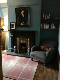 An inspirational image from Farrow & Ball. Farrow And Ball Living Room, Farrow And Ball Paint, Farrow Ball, My Living Room, Home And Living, Cottage Living, Victorian Living Room, Victorian Homes, Farrow And Ball Inchyra Blue