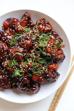 Made with Chung Jung One's vegan and gluten-free Spicy Ketchup Sauce, this guaranteed crowd-pleaser is full of incredible textures and flavours. You can also marinate cauliflower overnight for an even quicker mid-week main, side dish or snack. Salmon Recipes, Veggie Recipes, Asian Recipes, Whole Food Recipes, Vegetarian Recipes, Cooking Recipes, Healthy Recipes, Keto Recipes, Clean Eating Snacks