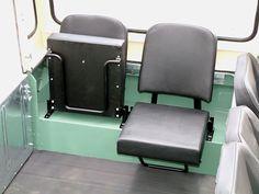 Single seats for the back of Beatrice? Defender 90, Land Rover Defender, Land Rover Serie 1, Mobile Food Cart, 4x4 Off Road, Mode Of Transport, Sprinter Van, Range Rover, Land Cruiser