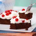 Paleo cukkinis brownie Paleo Brownies, Cake, Desserts, Food, Tailgate Desserts, Deserts, Kuchen, Essen, Postres