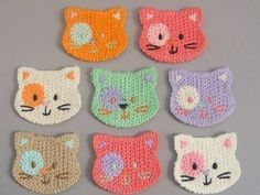 Kitty crochet - use cotton yarn, make them a little larger and they become a child's washcloth! Kitty crochet - use cotton yarn, make them a little larger and they become a child's washcloth! Gato Crochet, Crochet Mignon, Crochet Amigurumi, Love Crochet, Crochet Yarn, Crochet Flowers, Crochet Toys, Washcloth Crochet, Crochet Geek