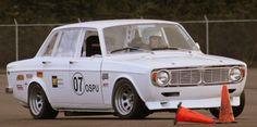 24690626-441-1969-Volvo-144-Race-Car.jpg (600×299)