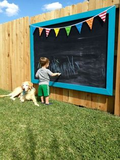 Creative inspiration to give your yard a personal touch with DIY Backyard Fence Decor. You'll love spending time outside in your garden. Diy Backyard Fence, Diy Fence, Backyard Playground, Backyard Landscaping, Fence Ideas, Landscaping Ideas, Backyard Ideas, Wedding Backyard, Outdoor Chalkboard