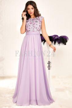 Aceasta rochie de seara lunga intr-o nuanta minunata de violet, dispune de un top simplu lila impodobit cu broderie florala stralucitoare si imprimeu floral mov Prom Dresses, Formal Dresses, Purple, Floral, Violet, Mall, Fashion, Embroidery, Dresses For Formal