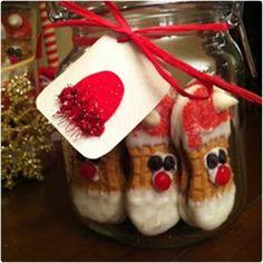 44 Creative DIY Christmas Gifts in a Jar Mason Jar Christmas Gifts, Christmas Neighbor, Mason Jar Gifts, Christmas Plates, Handmade Christmas Gifts, Mason Jar Diy, Homemade Christmas, Christmas Treats, Christmas Fun