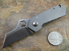Adventures in Micro Manufacturing with Knife and Tool Maker Peter Atwood Types Of Knives, Knives And Tools, Knives And Swords, Edc Tactical, Tactical Knives, Best Survival Gear, Survival Guide, The Razors Edge, Cool Lock