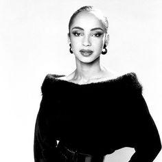 New post on giugiumiumiu Sade Adu, Marvin Gaye, Diamond Life, Just The Way, Girl Crushes, Celebs, Girl Celebrities, Singer, People