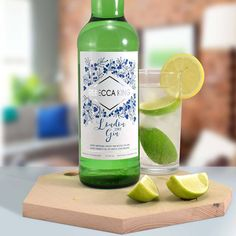 This Personalised Gin makes a lovely gift for anyone that enjoys a nice gin and tonic. The label is personalised with a name and message of your choice. Personalised Gin, Personalized Gifts, London Dry Gin, Gin Lovers, Gin Gifts, Gin Bottles, Experience Gifts, Valentines Day Gifts For Him, Wine And Beer