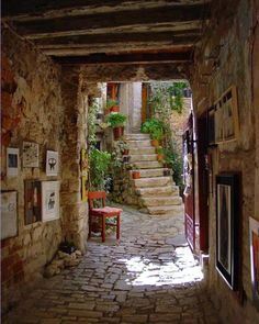 Restaurant Entrance, Croatia photo By GOsojnicki