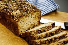 Renées goda bröd Ett bröd med honung och äpple som inte behöver någon jästid.