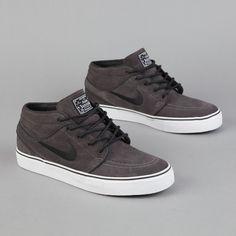 NIKE SB STEFAN JANOSKI MID MIDNIGHT FOG   BLACK   WHITE  Sneakers f850363f85