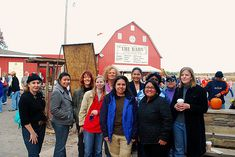 What's Cookin, Chicago: Apple Orchard Field Trip with Friends!