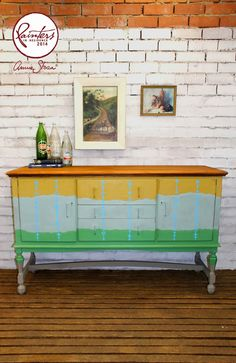 Beau Ford our fabulous Australian Painter and Residence painted horizontal stripes on this piece with the warm neutral Coco on the legs and base, moving up to Antibes, then Duck Egg and then a yellow made from English Yellow with a touch of Emperors Silk.