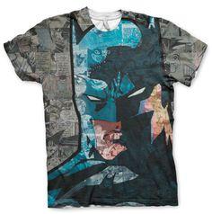 Oryginalna koszulka typu fullprint z komiksu Batman. T-shirt wykonany jest w 100% z poliestru. Koszulka jest licencjonowanym produktem z komiksu Batman i dostępna jest w naszym sklepie internetowym.