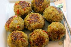 Quinoa (Meatless) Meatballs is a yummy vegetarian and gluten-free idea that's packed with flavor and nutrition. Veggie Recipes, Whole Food Recipes, Vegetarian Recipes, Cooking Recipes, Healthy Recipes, Vegetarian Dish, Dinner Recipes, Vegetarian Benefits, Pasta Recipes