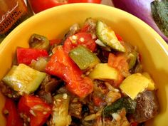 Ratatouille - The quintessential late-summer dish. Not only does it make short work of extra produce, but it fills your kitchen with such a comforting and homey aroma that you might never want to leave! Easy Delicious Recipes, Healthy Dinner Recipes, Cooking Recipes, Freezer Recipes, Freezer Meals, Vegan Recipes, Yummy Food, Easy Ratatouille Recipes, Polenta Recipes