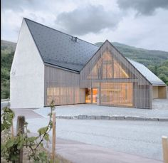 Re-pinned: Vineyard Hogl. By Elmar Ludescher Architekt + Philip Lutz Architekt