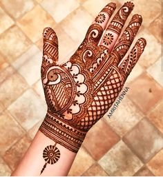 #Mehndi design.12?? Leave your comment  Yes or no?  Follow @itx_dimple Follow @itx_dimple Follow @itx_dimple (for more videos and photos) Like 10 Posts & Follow! Save to Try this out Later! Turn On Post Notifications To See New Content ASAP.  All rights and credits reserved to their respective owner @amritahenna #henna #hennadesign #handshenna #fingershenna #hennaart #hennadesigns #tattooideas #hennalover #hennalovers #hennapro #mehndipro #hennastyle #floralhenna #hennaart #hennafashion…