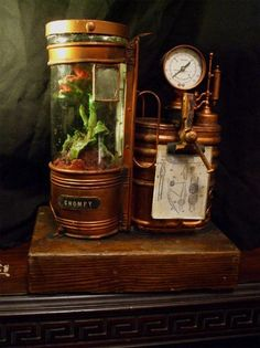 AlexCF's Martian Plant Containment System I enjoyed exploring this place if you're a Steampunk fan please visit this site. Viktorianischer Steampunk, Design Steampunk, Steampunk Gadgets, Steampunk House, Steampunk Cosplay, Steampunk Fashion, Fashion Goth, Steampunk Necklace, Steampunk Clothing