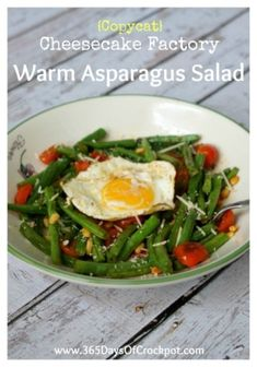 Copycat Recipe for Cheesecake Factory's Warm Asparagus Salad . Last weekend I went out to dinner at the Cheesecake Factory. Last weekend I went out to dinner at the Cheesecake Factory. Paleo Recipes Easy, Copycat Recipes, New Recipes, Salad Recipes, Vegetarian Recipes, Dinner Recipes, Cooking Recipes, Favorite Recipes, Cooking 101