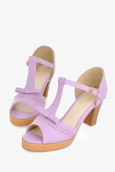 Open Toe Sandals In Lilac