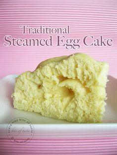 Steamed egg cake (雞蛋糕)