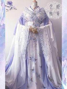 Pin by Nancy Quezada on Clothing in 2019 Pretty Outfits, Pretty Dresses, Beautiful Outfits, Dresses Dresses, Traditional Fashion, Traditional Dresses, Oriental Fashion, Asian Fashion, Mode Kimono