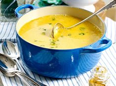 Brunch recipes for cozy mornings - Suppen - Yummy Food Soup Appetizers, Healthy Appetizers, Appetizer Recipes, Delicious Appetizers, Brunch Recipes, Soup Recipes, Vegetarian Recipes, Party Recipes, Carrot And Orange Soup